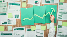 Финансовый успех и зеленое дело стоковое изображение