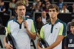 Финалисты Nicolas Mahut (FRA) и Pierre-Hugues Херберт (FRA) Стоковое Фото