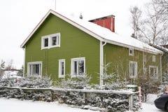 финская дом деревянная стоковые фотографии rf