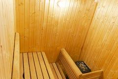 финский нутряной sauna классицистический sauna деревянный Финская ванная комната Деревянная кабина сауны Деревянная комната Пар с Стоковое Изображение RF