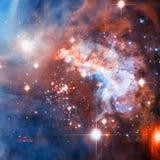 Фиолетовая галактика в космическом пространстве Элементы этого изображения поставленные NASA стоковые фото