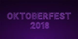 Фиолетовая накаляя надпись Oktoberfest 2018 Стоковое Изображение