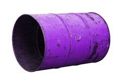 Фиолетовая старая ржавчины масла бочонка изолированная на белой предпосылке Стоковые Изображения RF
