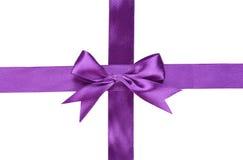 Фиолетовая лента с смычком Стоковые Изображения