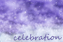Фиолетовая предпосылка рождества, снег, снежинки, торжество текста Стоковые Изображения RF