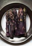 Фиолетовая спаржа стоковое изображение rf