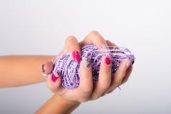 Фиолетовое искусство ногтя Стоковая Фотография RF