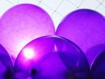 Фиолетовые воздушные шары партии Стоковые Изображения RF