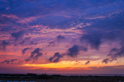 Фиолетовый заход солнца Стоковые Изображения RF