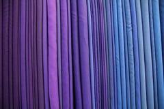 Фиолетовый сырцовый silk поток Стоковое Фото