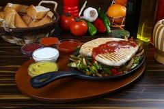 Филе рыб с овощем Стоковая Фотография
