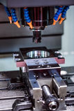 Филировальная машина CNC механической обработки Стоковые Изображения
