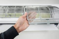 Фильтр кондиционера воздуха стоковые фотографии rf