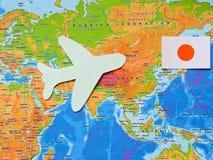 Флаги всех народов мира Группа в составе различные флаги мира на белизне мир во всем мире глобуса dove дня стоковая фотография rf