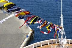 Флаги на смычке стоковая фотография rf