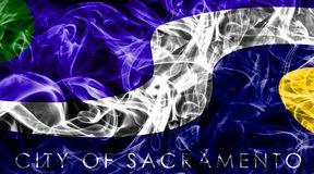Флаг задымления городов Сакраменто, положение Калифорнии, Соединенные Штаты a стоковое фото rf