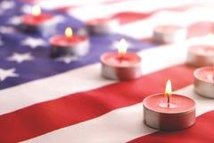 Флаг предпосылки Соединенных Штатов Америки на национальное федеральное торжество праздников и оплакивая день памяти погибших в п Стоковое Изображение RF