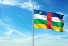 Флаг Центральноафриканской Республики развевая с небом на иллюстрации 3d предпосылки реалистической иллюстрация вектора