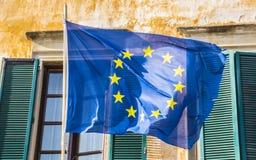 Флаг EC Европейского союза развевая в ветре стоковое изображение