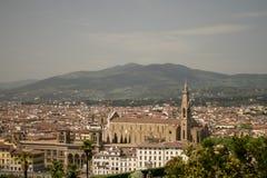 Флоренс, Италия - 24-ое апреля 2018: взгляд на крышах Флоренса, Стоковая Фотография RF