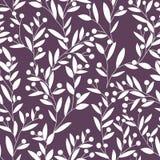 флористическая картина безшовная Листья и ягоды белизны на темной предпосылке для ткани и обоев также вектор иллюстрации притяжки Стоковое фото RF