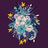 Флористические джунгли с картиной змеек, тропическими цветками и листьями, ботанической рукой нарисованное живое Стоковые Изображения RF