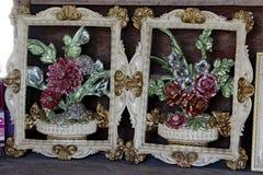 Флористическое искусство обрамляет розы Стоковые Фотографии RF