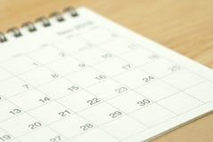 Фокус календаря на 30-ом из месяца как концепция недвижимости свойства предпосылки с космосом экземпляра для ваших текста или диз Стоковые Фото