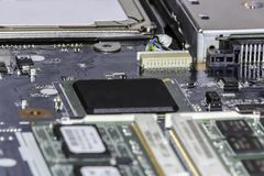 Фокус монтажной платы ноутбука выборочный стоковое изображение rf