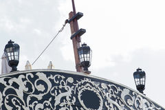 Фонарики на кормке старого военного корабля Стоковые Фотографии RF
