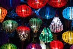 Фонарики ночи в старом Hoi городок стоковое фото