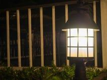 Фонарик в предпосылке сцены ночи Стоковое фото RF