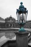 Фонарик на предпосылке художественной галереи Дрездена, Германия, e Стоковая Фотография