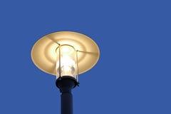 Фонарик под голубым небом Стоковые Фотографии RF