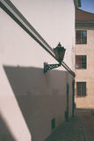 Фонарик стены в старой Риге Стоковое Изображение