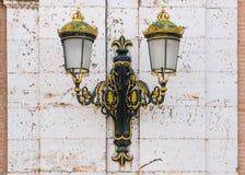 Фонарный столб в королевском дворце Аранхуэса, Испании стоковая фотография