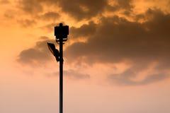 Фонарный столб силуэта стоковая фотография