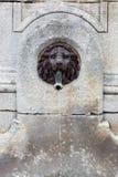 Фонтан воды, головка льва сделанная из бронзы Стоковое Изображение