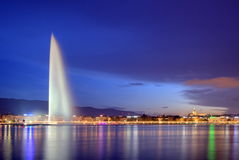 Фонтан в Женеве, Швейцарии, HDR Стоковое Изображение RF