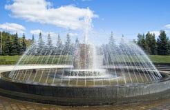 Фонтан в парке Стоковое Изображение