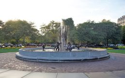 Фонтан в Lincoln Park Чикаго, Иллинойсе стоковое изображение rf