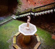 Фонтан, замок Sforzesco, милан Стоковые Фотографии RF