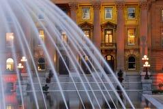 фонтан здания Стоковое фото RF