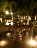 Фонтан и валы в курорте после темноты Стоковые Фотографии RF