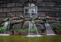 Фонтан и waterworks в городе Дрездене, Германии Стоковое Фото