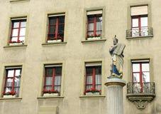 Фонтан Моисея статуи на nsterplatz ¼ MÃ в Bern, Швейцарии Стоковое Фото