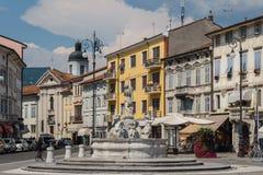 Фонтан на главной площади стоковое фото