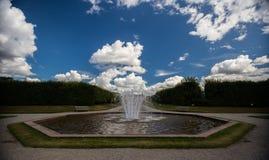 Фонтан на королевском дворце Drottningholm, Стокгольме, Швеции 02 08 2016 Стоковые Изображения