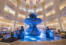 Фонтан на парижском казино в Макао Стоковая Фотография