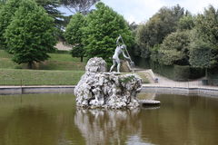 Фонтан Нептуна в центре садов Boboli Скульптор, Stoldo Lorenzi Флоренция стоковые фотографии rf